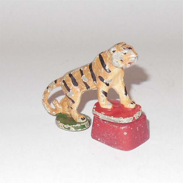 Wend-Al Circus Tiger with Stand 54mm