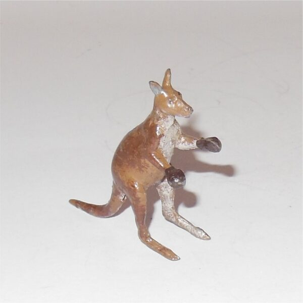 Britains Circus Boxing Kangaroo 54mm