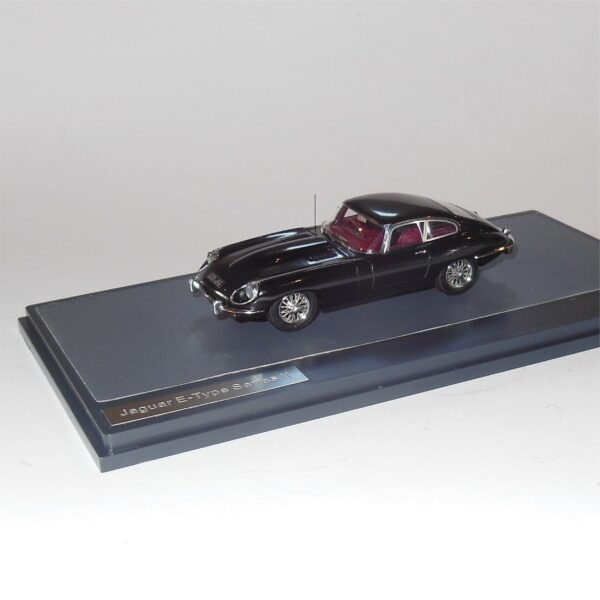 Matrix MX11001-052 Jaguar E-Type Series II Black