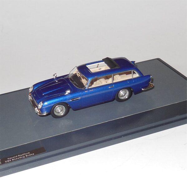 Matrix MX10108-052 Aston Martin DB5 Shooting Brake Harold Radford Blue