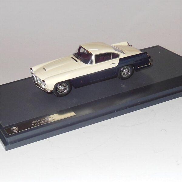 Matrix MX41001-011 Ghia Jaguar XK140 Coupe 1956 White