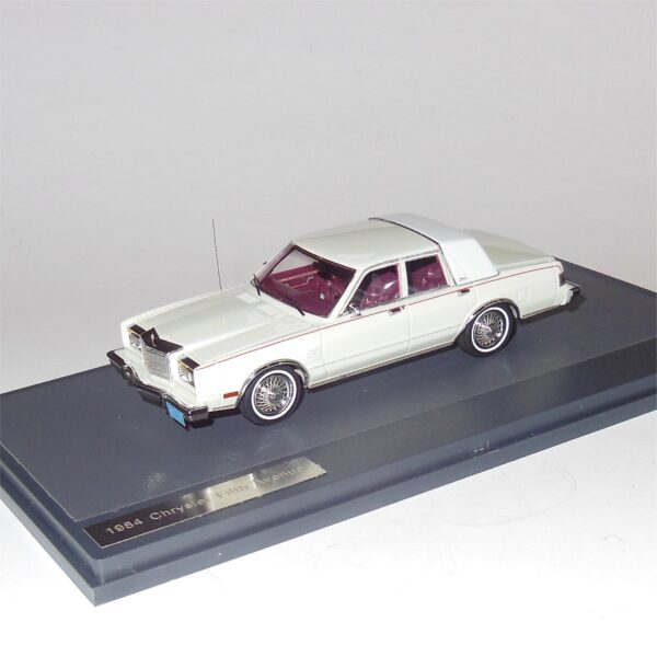 Matrix MX20303-161 Chrysler Fifth Avenue 1984 White