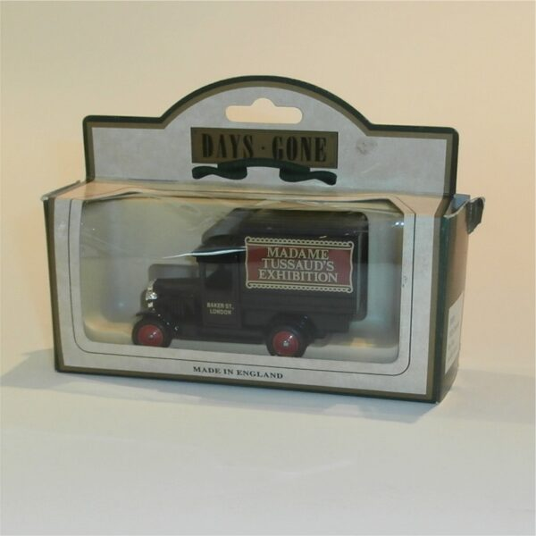 Lledo Days Gone 51000 1928 Chevrolet Box Van Madame Tussauds