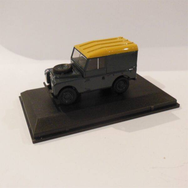 Oxford Land Rover Series 1 88 Hard Top RAF 43LAN188021