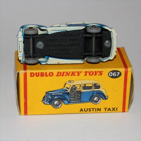 Dinky Toys Dublo Meccano Austin Taxi 067 Mint Boxed