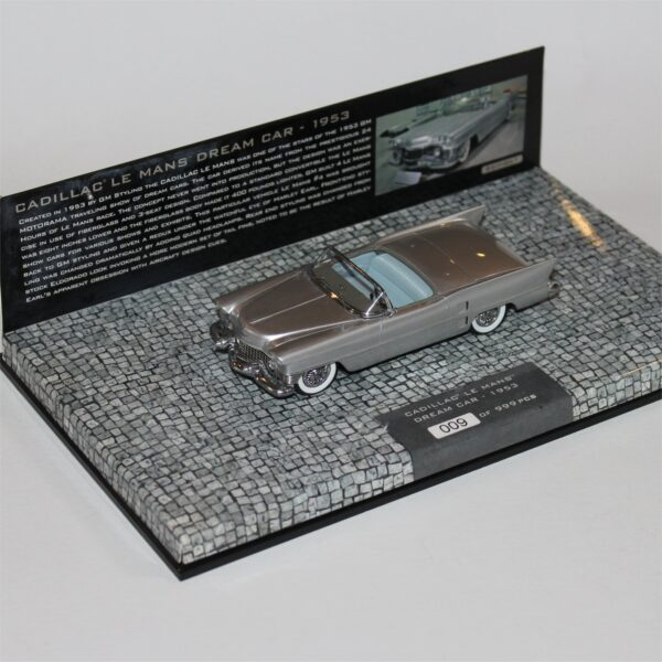 Minichamps 148230 Cadillac Le Mans Dream Car 1953