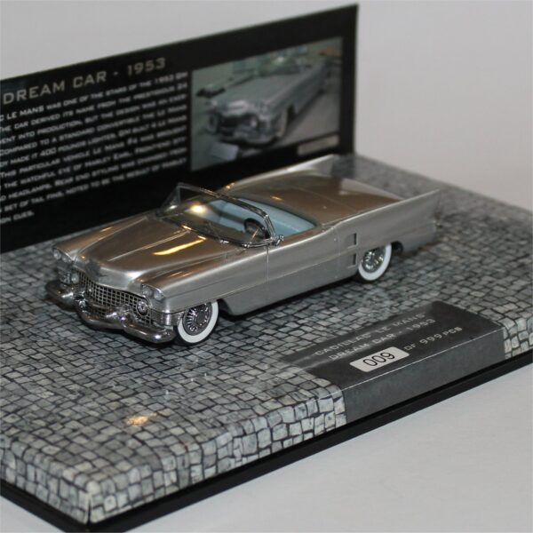 Minichamps 148230 Cadillac Le Mans Dream Car 1953