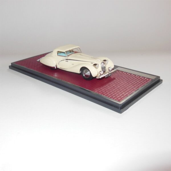 Matrix Model MX41904-032 Talbot Lago T150C Cabriolet Figoni & Falaschi 90111 closed 1936 White