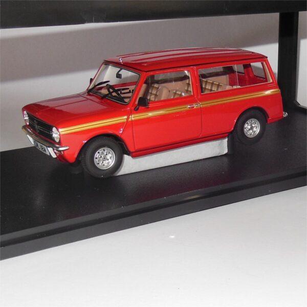 Cult Models CML018-1 Mini Clubman Estate 1974 Red