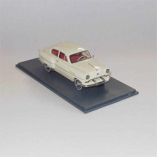 Neo Model 43735 Opel Olympia Limousine Cream