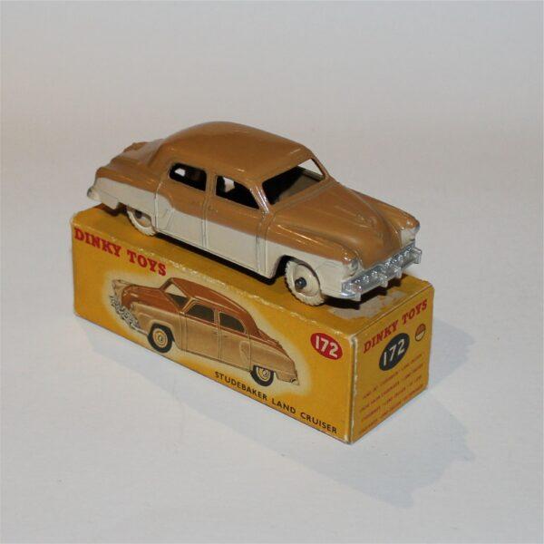 Dinky Toys 172 Studebaker Land Cruiser Sedan
