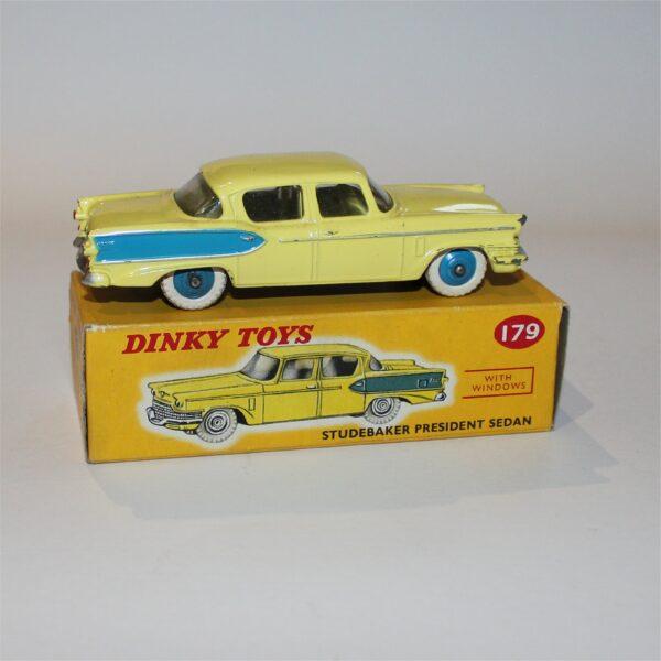 Dinky Toys 179 Studebaker President Sedan