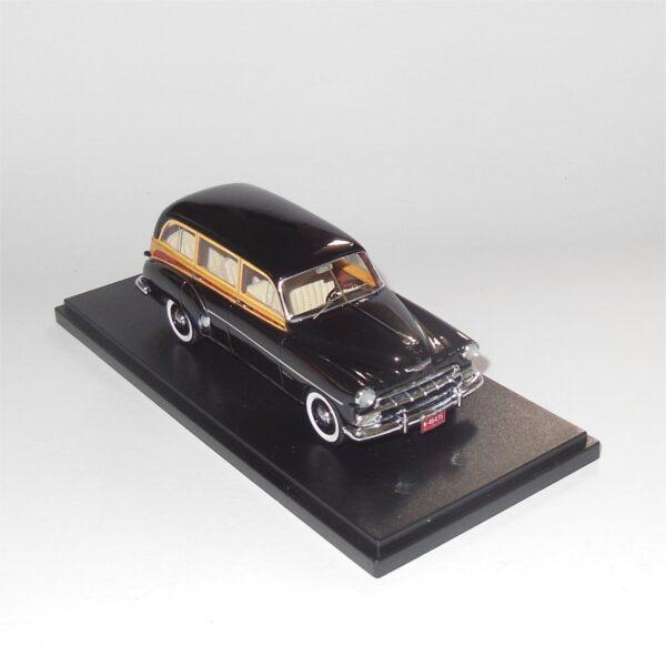 Neo Model 46435 Chevrolet Deluxe Styleline Station Wagon Black Wood