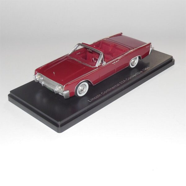 Neo Model 47050 Lincoln Continental 53A Convertible 1961 Dark Red