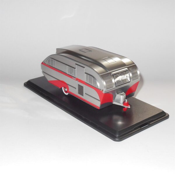Neo Model 47260 Aero Flite Falcon Travel Trailer Silver Red Stripes