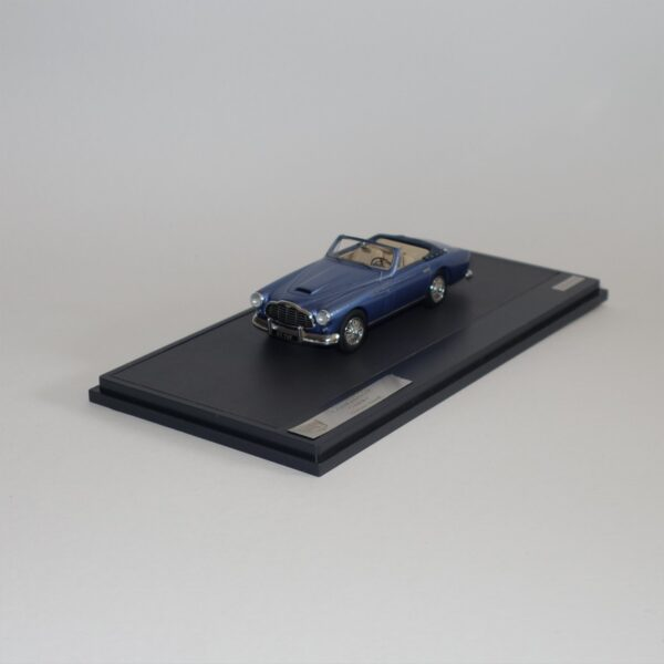 Matrix 40108-021 Aston Martin DB24 Bertone Cabriolet 1953 Blue Metallic