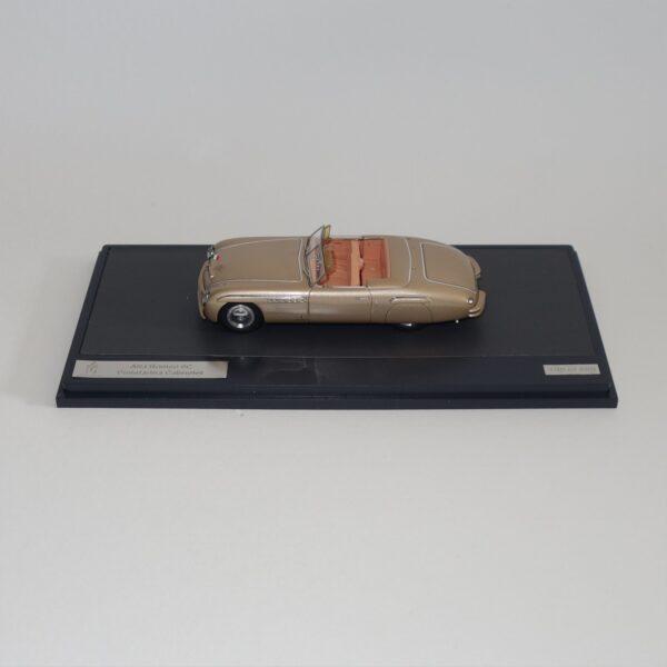 Matrix 40102-061 Alfa Romeo 6C Pininfarina Cabriolet 1946 Gold Metallic