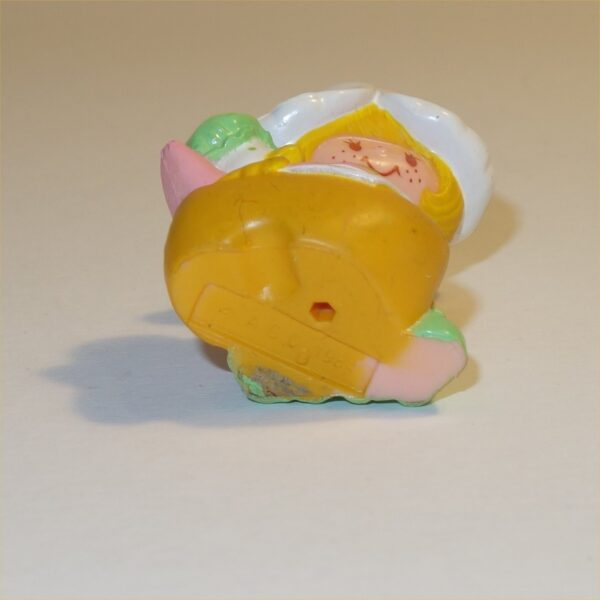 Strawberry Shortcake 1984 Mint Tulip with Marsh Mallard PVC Figurine