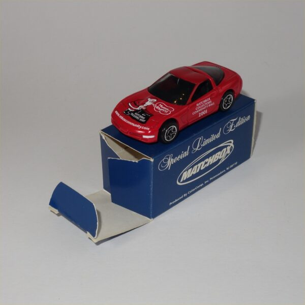 Matchbox 2001 Collectors Limited Edition 97 Chevrolet Corvette Hard Top Red