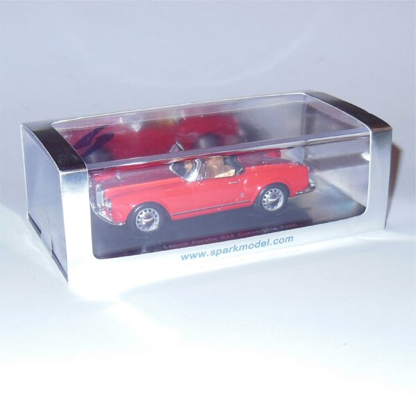 Spark Lancia Aurelia B24 Convertible Red 1956 Resin cast model 1:43 scale