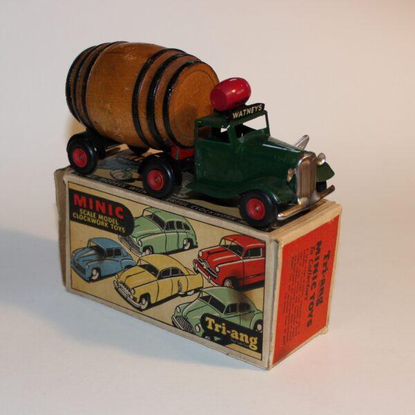 Triang Minic 119M Clockwork Watney Barrel Lorry with Box