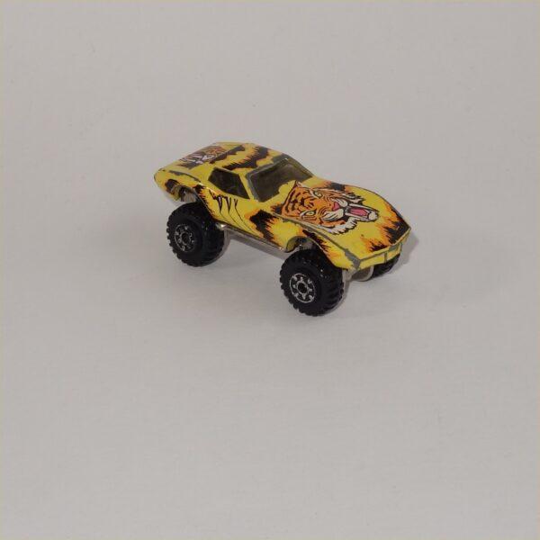 1993 Hotwheels Corvette Tattoo Machines Tiger Claws Monster Truck Street Beast #3491