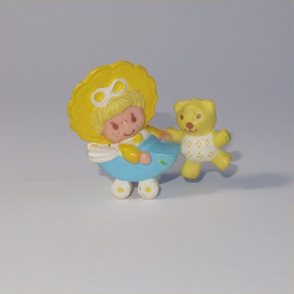Strawberry Shortcake 1982 Butter Cookie with Jelly Bear PVC Figurine