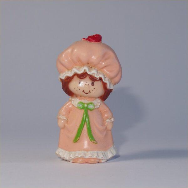 Strawberry Shortcake 1981 Strawberry Shortcake in a Nightgown PVC Figurine