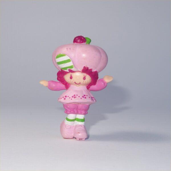 Strawberry Shortcake 1982 Raspberry Tart on Roller Skates PVC Figurine