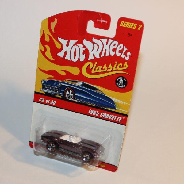 Hot Wheels No 3 of 30 Classic 65 Chevrolet Corvette Open Top Violet