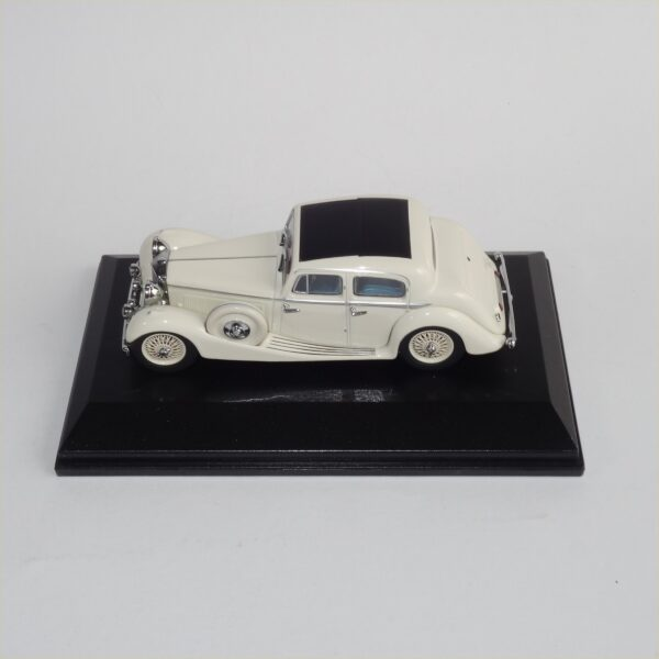 Oxford JSS001 Jaguar SS Saloon Cream
