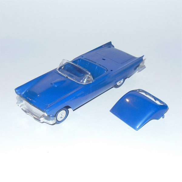 Revell Snap Together 1957 Ford Thunderbird 1:32 Scale Plastic Kit