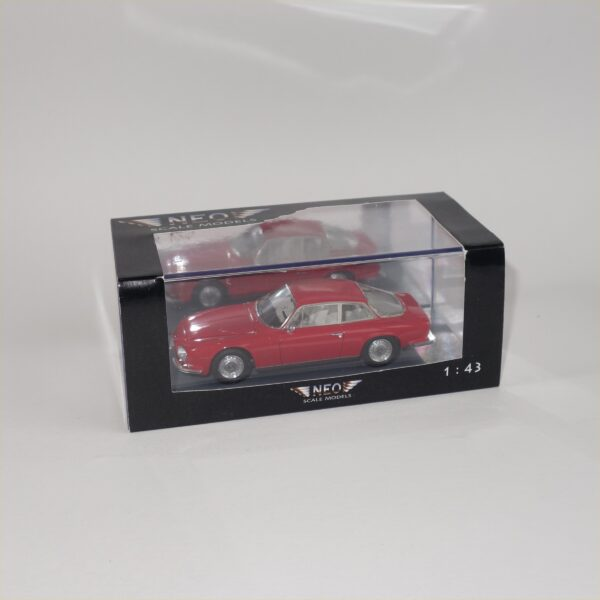 Neo 045600 1967 Alfa Romeo 2600 SZ Red