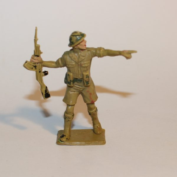 Cherilea Toys Plastic 60mm Scale British 8th Army Soldier with Rifle