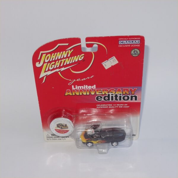 Johnny Lightning Anniversary edition Topper Vicious Vette Black Closed Top