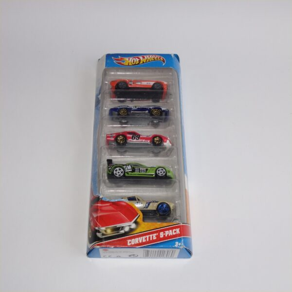 Hotwheels Issued 2010 Gift Set of 5 Chevrolet Corvettes